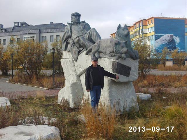 http://s0.uploads.ru/TEfbY.jpg